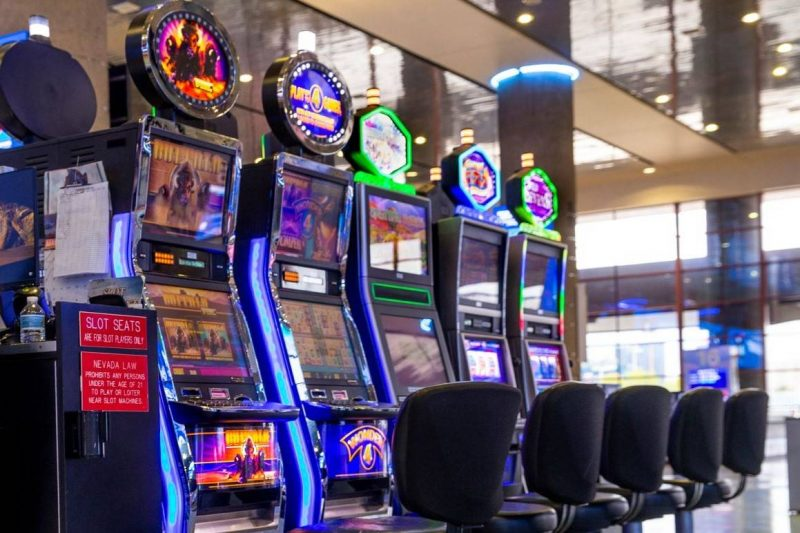 Playing Online Slot For Real Money In Gambling Sites